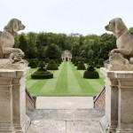 Take-a-Peek-Inside-the-Homes-of-Coco-Chanel-Karl-Lagerfeld-Valentino-Ralph-Lauren-and-Vera-Wang-18