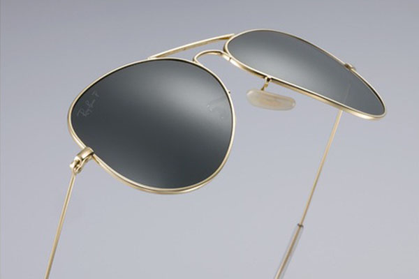 Ray-Ban-Launches-3800-Aviators-in-18-Karat-Gold-2
